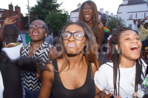 1403410830-ghanaian-londoners-cheer-as-ghana-draws-22-with-germany-at-world-cup_5070415
