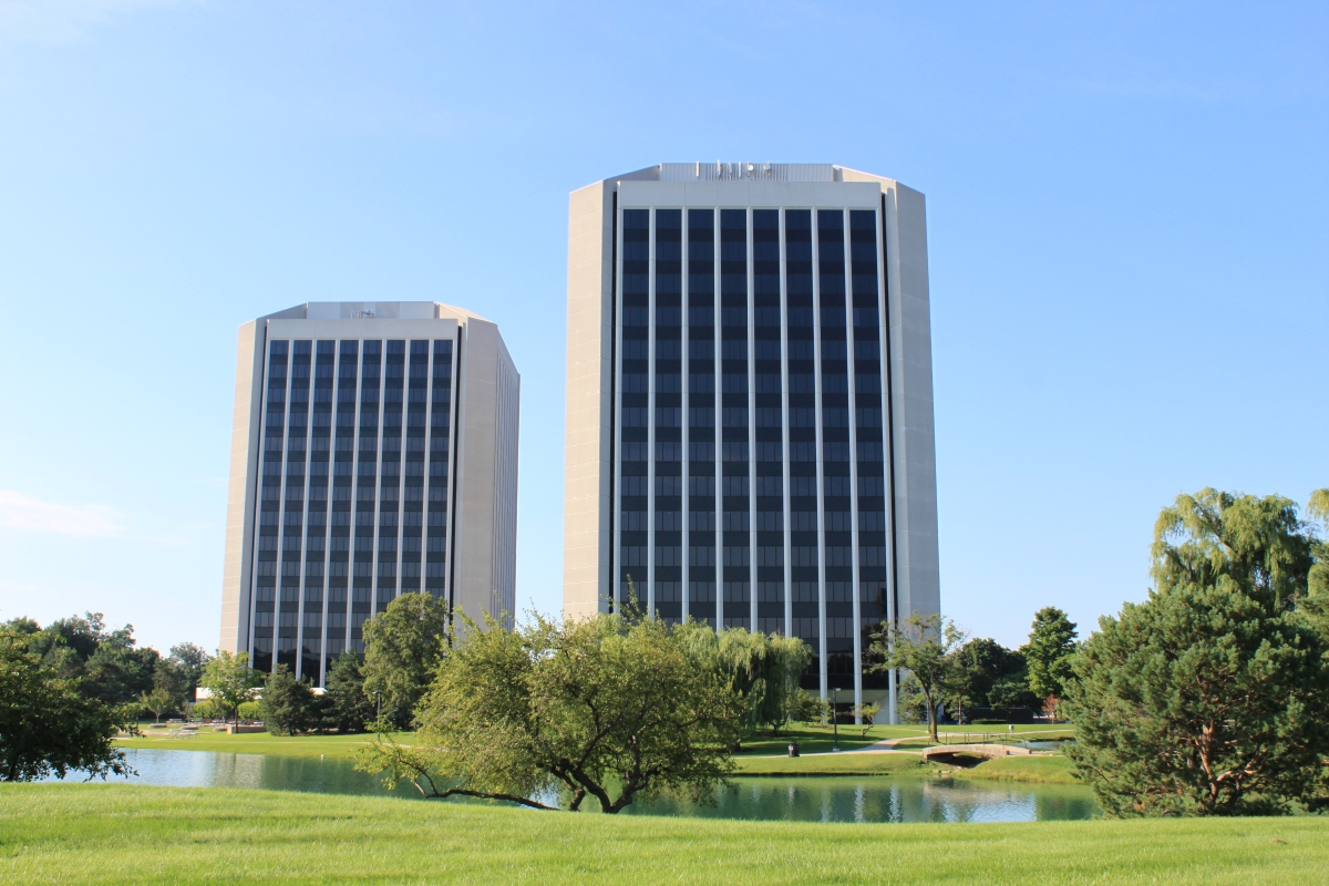 Parklane_Towers_Dearborn_Michigan