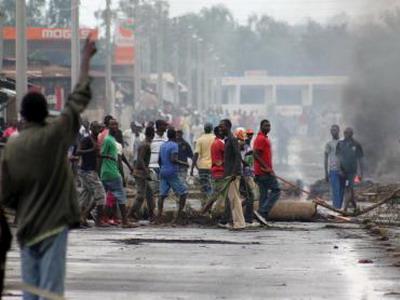 Protestors_Bujumbura_Burundi_400x300