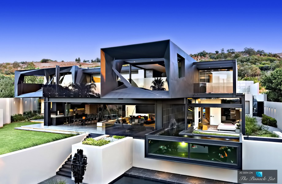01-Kloof-House-Luxury-Residence-Bedfordview-Johannesburg-South-Africa-920x600