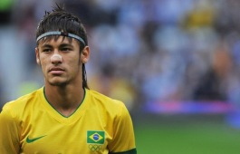 Brazil's forward Neymar is pictured before the London 2012 Olympic men's football semi final match between Brazil and South Korea at Old Trafford in Manchester, north-west England, on August 7, 2012. AFP PHOTO/PAUL ELLIS (Photo credit should read PAUL ELLIS/AFP/GettyImages)