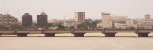Pont_de_Gaulle_et_Treichville,_Abidjan