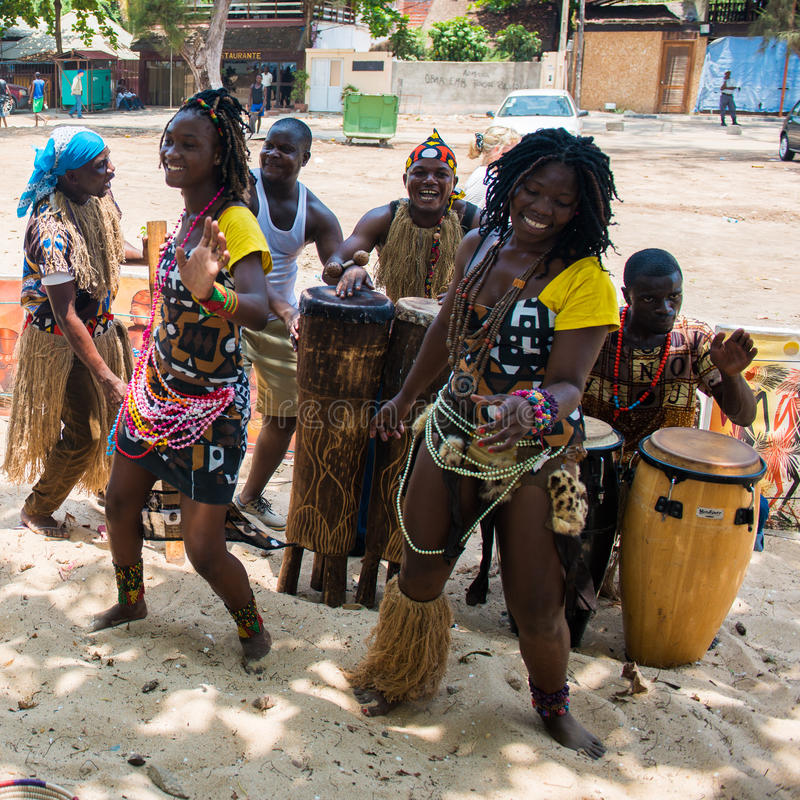 people-angola-luanda-march-unidentified-angolan-women-make-street-performance-national-falk-dance-tourists-52165486