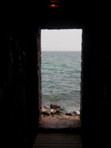 Portal_of_sorrow-senegal-01