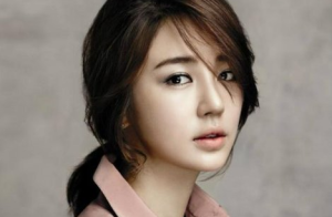 Yoon-Eun-Hye-300x196