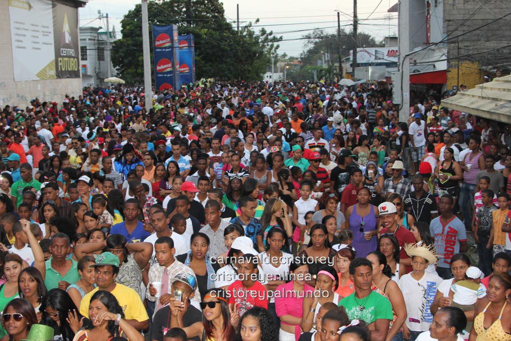 Carnaval de Cristo Rey 2013 - Santo Domingo, República Dominicana (cristoreyenlinea - cristoreypalmundo) (92)