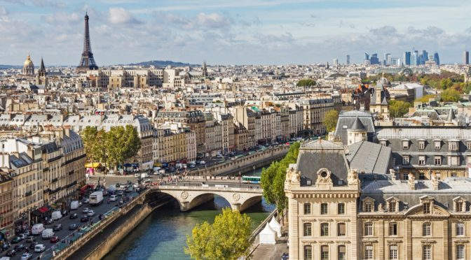 paris-travel-guide-672x372