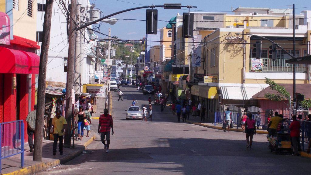 Street_in_Montigo_Bay_Jamaica_Photo_D_Ramey_Logan