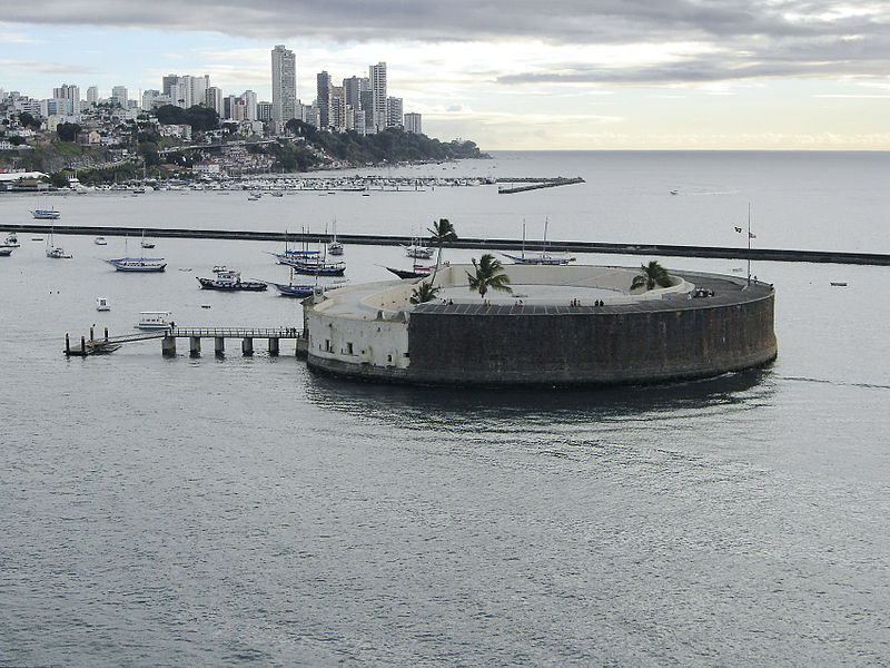 800px-salvador_sao_marcelo_fort_from_sea_2