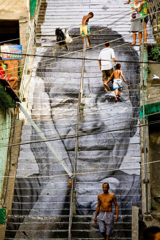 beautiful-painted-stairs-form-around-the-world-rio-de-janerio-brazil
