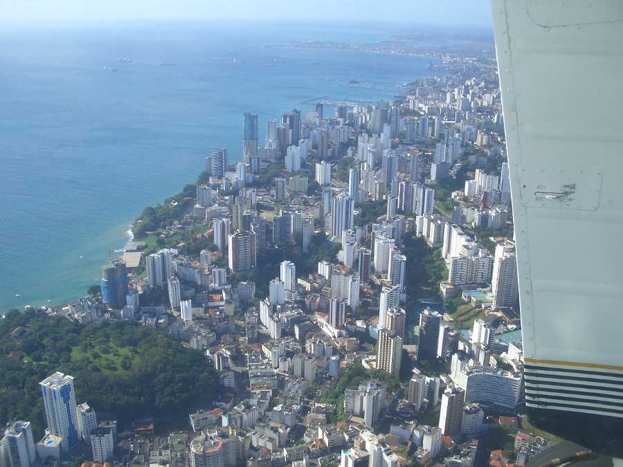salvador_airview_2_900x675
