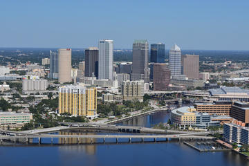 downtown-and-tampa-bay-helicopter-tour-in-tampa-109939