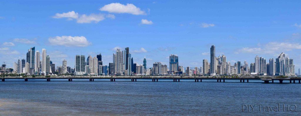 Panama-City-Skyline-of-Business-District-1024x396