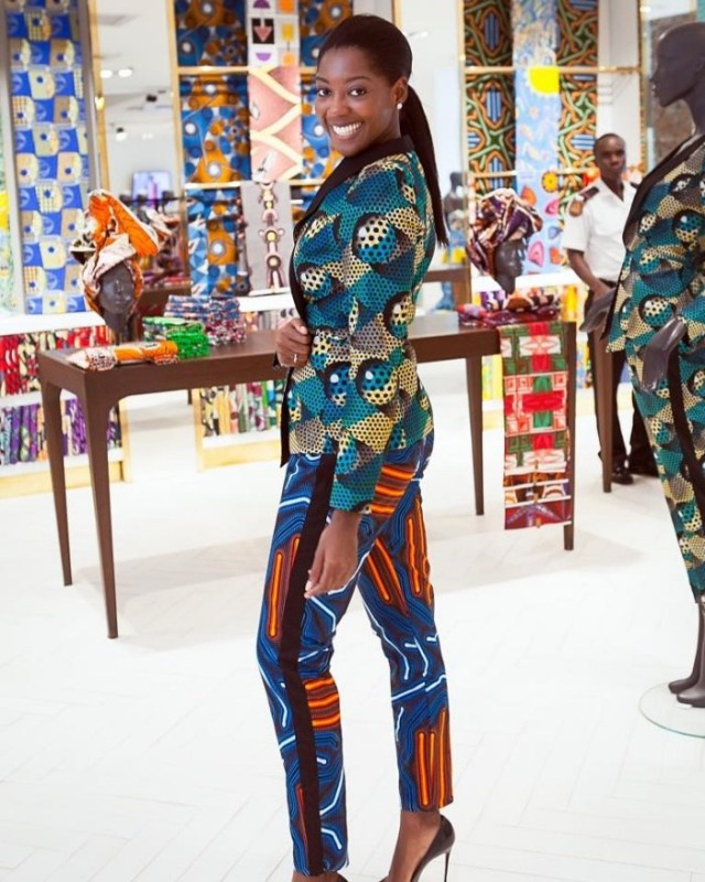 Afua-Rida-in-her-gorgeous-Vlisco-Pret-a-Porter-outfit