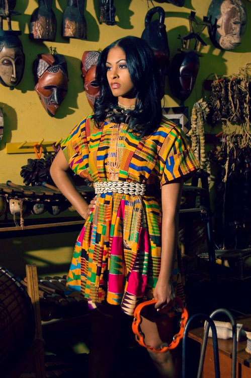 Kente-short-gown-styles-and-designs-1018134_20_jpgca538c343179bf0fbdfab6cd10469afd