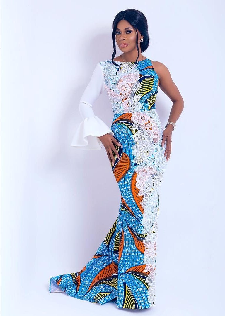 Lookbook-Tracy-Iddrisu-for-Vlisco-by-SHE-By-Bena-1