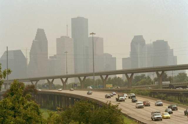 Houston glad to let L.A. keep smog title
