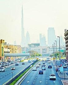 220px-Dubai_road_by_mahshooq_badiadka