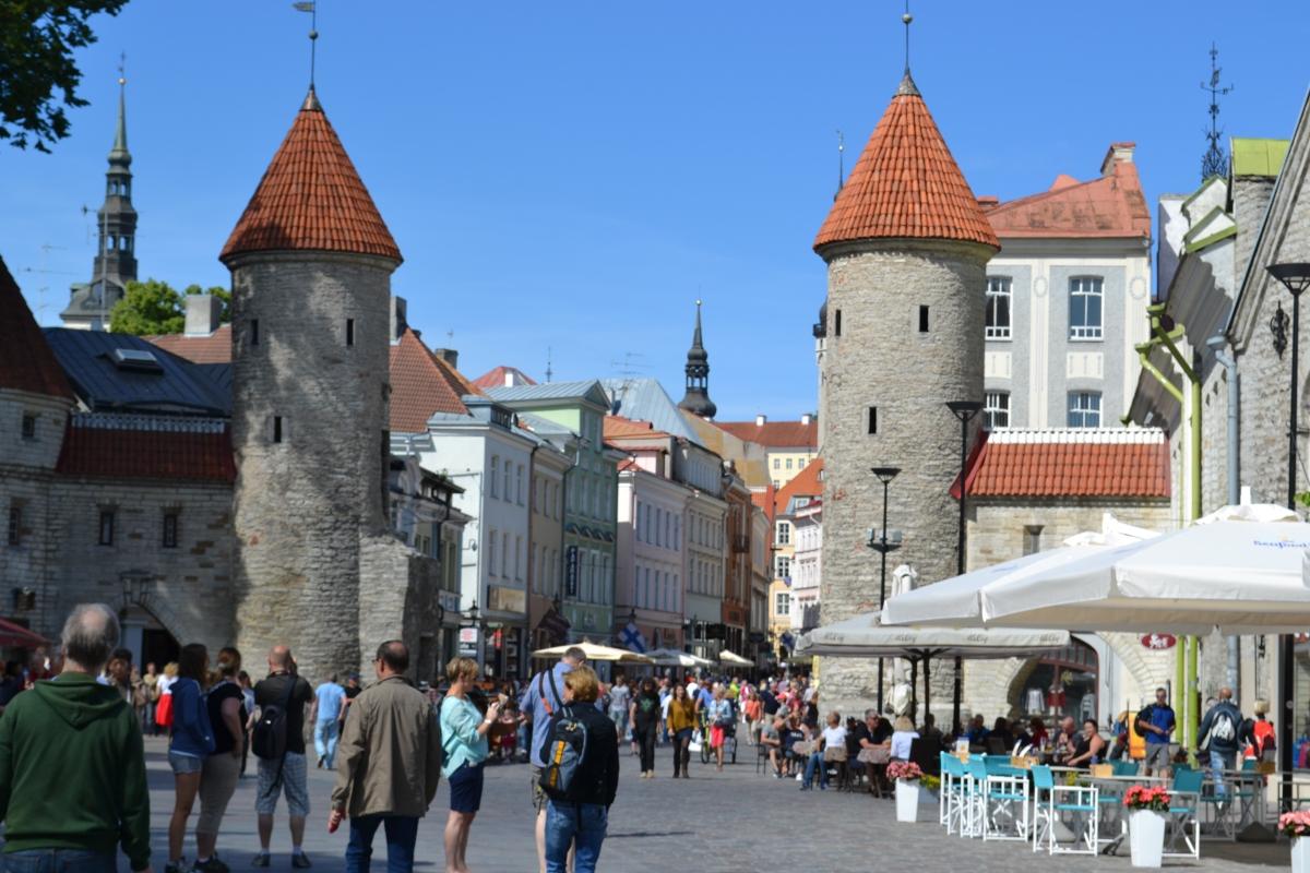 medieval-city-tallinn-estonia.jpg
