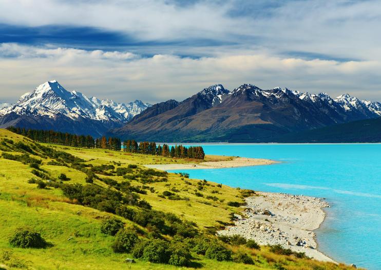 152308_Christchurch_LakePukaki_shutterstock_23972317