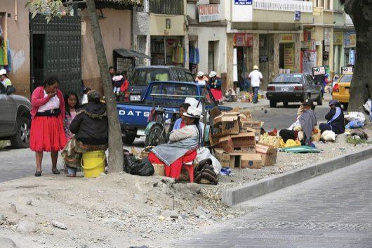 Poverty-in-Ecuador-530x353