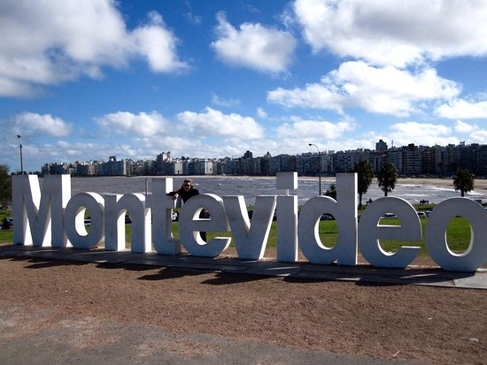 the-montevideo-sign-on