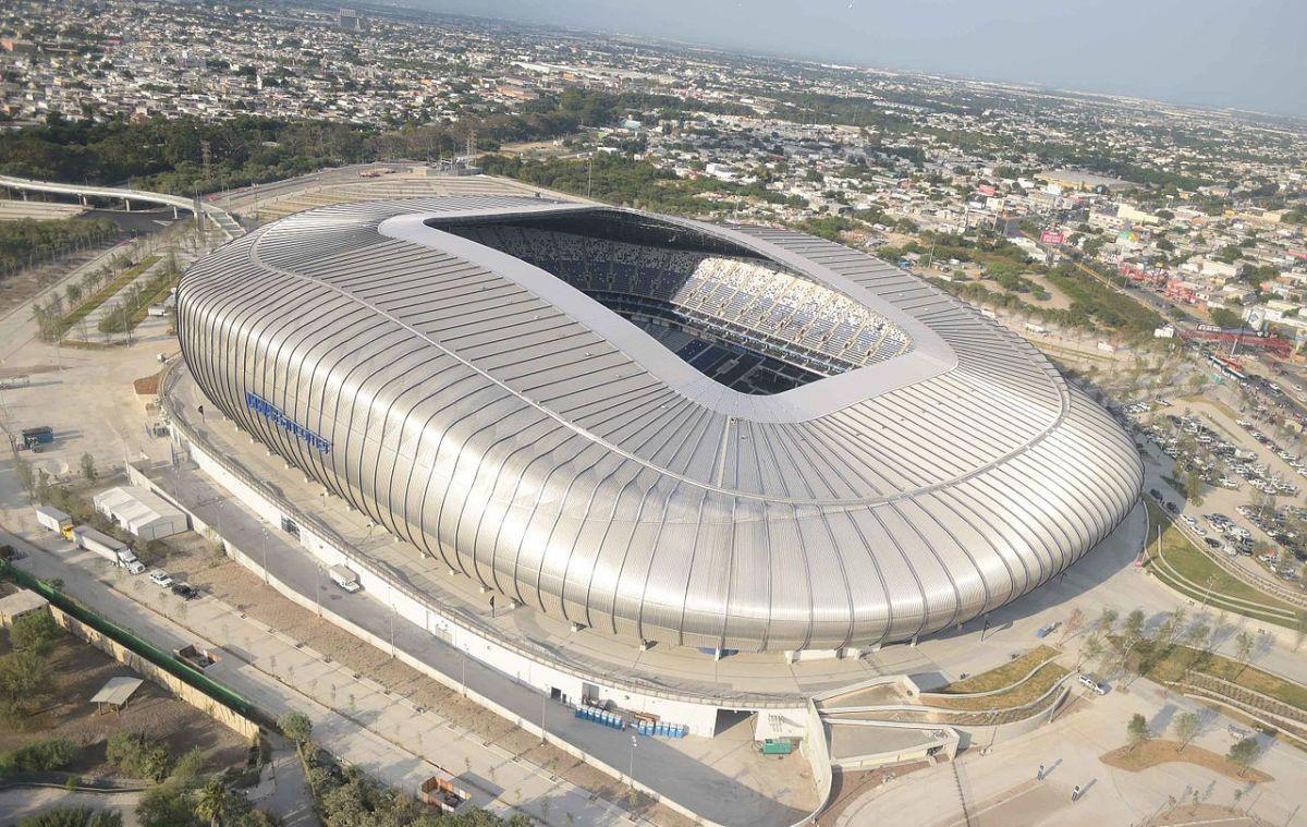 1280px-Estadio_BBVA_Bancomer_(1).jpg