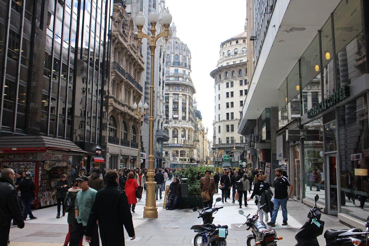 Calle_Florida,_Buenos_Aires.jpg