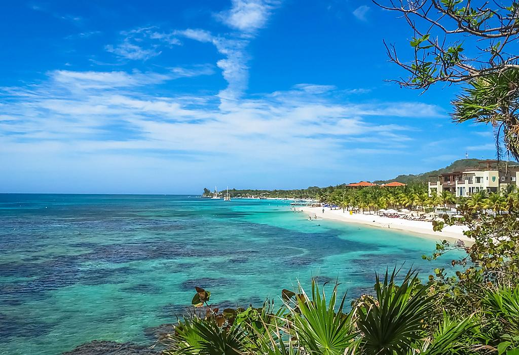 roatan-honduras-beach