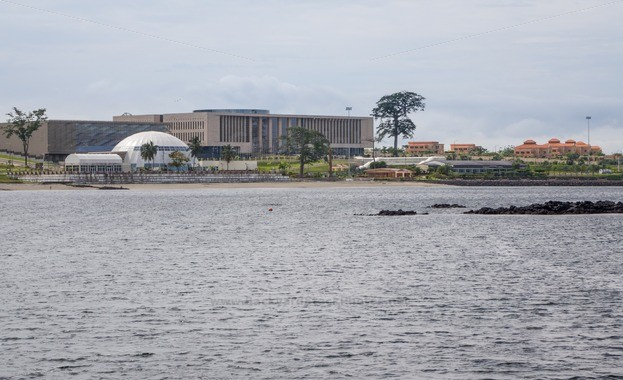 Modern-convention-center-in-Malabo-Equatorial-Guinea-25274-623x380