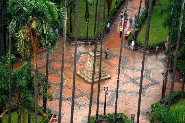 plaza_de_caicedo
