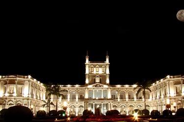 1024px-palacio_de_lpez_de_noche